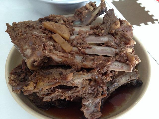 豚肉より低脂肪で高タンパクの猪肉のアラ炊きをいただきました