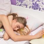 仕事や勉強にもいい効果!目覚ましの音で無理やり起きるより自然と目が覚める方法