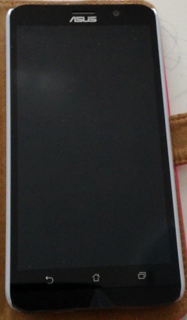 楽天モバイルで購入したASUS ZeneFone2 ZE551MLの電源が入らない!初期不良なの?