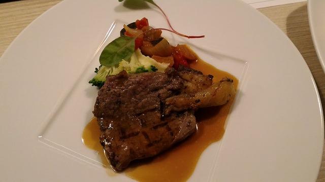 茶玻瑠夕食プレミアムディッシュ肉