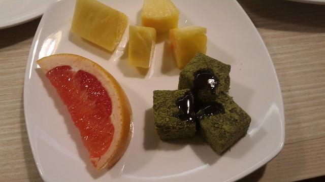 茶玻瑠夕食デザート