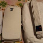 初心者なので激安のフルコンタクト空手用の道着を購入しました