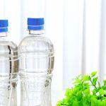 スポーツ中の水分補給に水を飲むと脱水症になる危険があります